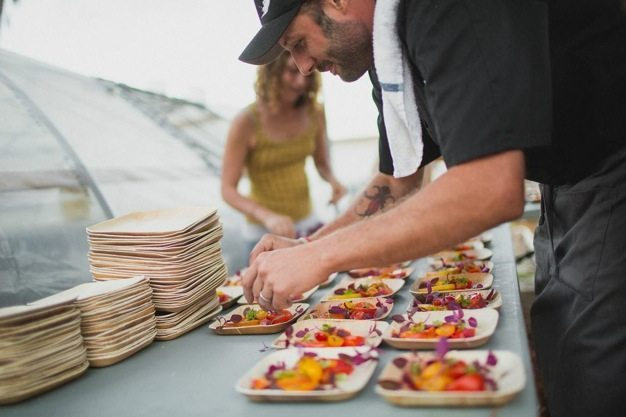 San-Diego-open-air-bistro-all-organic-catering-eco-caters-Herb-En-Routes-urban-farm-pop-up-dinner-Leylla-Badeanlou-my-local-habitat-fresh-garden-menu-local-06 catering san diego wedding catering