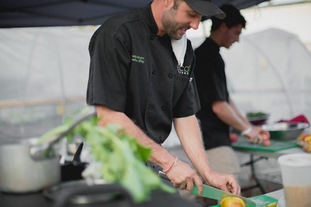 San-Diego-open-air-bistro-all-organic-catering-eco-caters-Herb-En-Routes-urban-farm-pop-up-dinner-Leylla-Badeanlou-my-local-habitat-fresh-garden-menu-local-39 catering san diego wedding catering